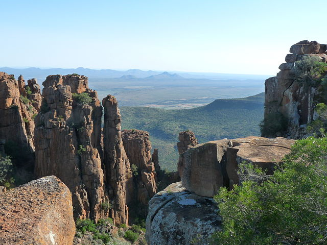 The Valley of Desolation near Graaff-Reinet sports tricky terrain.